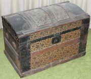 Antique Camelback Humpback Storage Chest Steamer Luggage Trunk 26 Local Pick Up