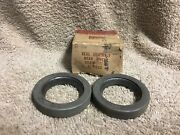 Nos Ford C0dw-1177-b Rear Wheel Seal Assembly 1960-1964 Fords