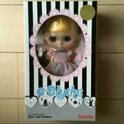 Takara Toys R Us Limited Edition Blythe Doll Cute And Curious Alice Motif 2006