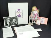 Goebel Doll Club Exclusive Cute As Can Be 10 Porcelain Doll And Collectors Binder