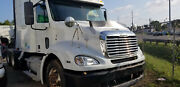 2005 Freightliner Columbia Hood Assembly Complete Headlights And Grill Short Hood