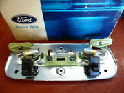 1972 Lincoln Mark Iv Dome Light Body Plate Assembly Nos