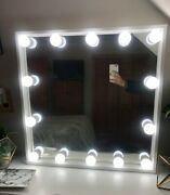White Mirror With 14 Hollywood Style Lightbulbs. Brand New On Off Switch