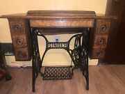 Antique Singer Sewing Machine Class 15 1909 With Oak Cabinet S D1355348