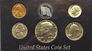 1981 Uncirculated Birth Year Coins In Display Case 128