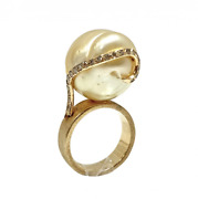 Custom Made 18k Gold Pearl And Snaking Diamond Ring - One Of A Kind Ring Size5