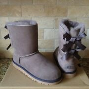 Ugg Short Bailey Bow Stormy Gray Grey Suede Boots Size 4 Youth Kids / Womens 6