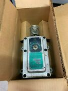 New In Box Chromalox Explosion Resisting Thermostat Wr-80ep Pcn 266124
