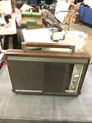 Walnut Mid Century Style Realtone Solid State Radio Phonograph Really Cool