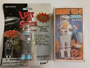 1966-1985 Masudaya Wind-up Toy Ym-3 And Lost In Space B-9 Key Chain Robots