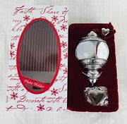 2013 Hallmark Ornament Remembered With Love Photo Picture Holder Xmas Keepsake