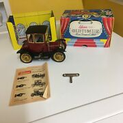 Vintage Clockwork Schuco 1227 Oldtimer Ford Coupe T/1917 In Red, W/box And Key