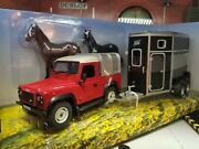 Land Rover Defender Swb 90 Ifor Williams Horsebox And Horses 132 Britains Model