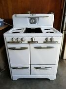 O'keefe And Merritt Vintage Gas Stove With Oven And Broiler Pick Up Only