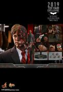 Hot Toys The Dark Knight - Two Face 1/6th Scale Exclusive Sideshow Figure