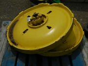 John Deere 2 Cylinder Tractor Two Heavy Cast Wheel Centers Tag 449