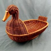 Wicker Woven Duck Basket 2 Tone Colors Brown 13x8x7 Spring Easter Base Vintage