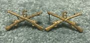 Original Early Wwii Pin Back 6th Infantry Officers Collar Brass Rifles Pin Set