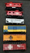 Ho Scale Model Train Lot Of 6 Santa Fe 12690 12079 C And O 21456 A.t. And S.f. 7240