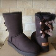 Ugg Short Bailey Bow Ii Chocolate Brown Suede Sheepskin Boots Size Us 7 Womens