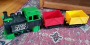 Vintage 1970 Remco Mighty Casey Train.green Engine, Yellow And Red Cars +12p Track