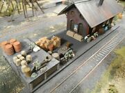 Ho Roco Minitanks Custom Detailed Hand Painted Railway Station Includes Soldiers
