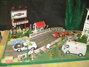 1/18 Scale 60and039s Era Le Mans Race Diorama Fords And Ferraris