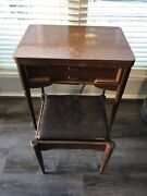 Vintage Singer 401a Sewing Machine With Table
