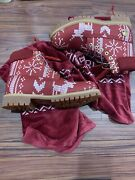 Christmas Boots Size 8.5 Brand New Rare Discontinued