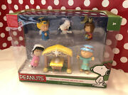 Peanuts Charlie Brown Christmas Nativity Deluxe Figures Set New In Sealed Box