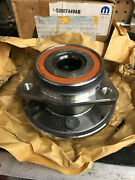 Jeep Front Hub / Bearing Nos Oem 53007449ab Wrangler Cherokee Comanche Wagoneer