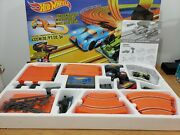 New - Hot Wheels Challenge Level Slot Car Track Set 20.7 Ft - Ages 5 And Up