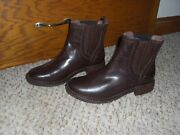 Uggs Women Winter Boots, Size 8