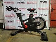 2017 Life Fitness Ic7 Bluetooth Indoor Cycle Powered By Icg - Refurbished