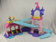 Fisher Price Little People Disney Klip Klop Stable Castle With 2 Horses.