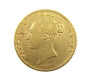 Victoria 1862 Young Head Gold Half Sovereign - Extremely Rare - Good Fine