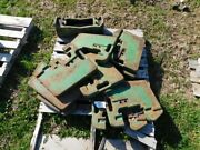 John Deere 30 Series Suitcase Weights And Cast Bracket Tag 910