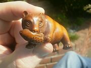Hand Carved Wood Netsuke Bear Eating Fish Boxwood Collectable Figure ..3