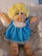 Perfect Cabbage Patch Doll With 2 Dimples. Blk Authentication Signature.