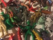Playset Cowboys-indians-knights Pile Vintage-unusual-and Strange Toy Group