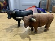 Schleich Spanish Black Bull Nose Ring And Scottish Highland Brown Cow Bull 2012