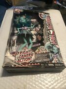 Honey Swamp Frights Camera Action Monster High Doll 2014 Dvd Wear Box New