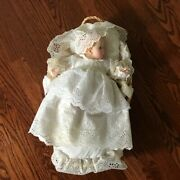 Beautiful Vintage Baby Gerber Doll By Atlanta Novelty Basket Christening Outfit