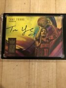 2018-19 Panini Court Kings Trae Young Rc Rookie Fresh Paint Auto Hawks 111/199