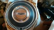 Nos 1968 Ford Hubcaps 14 Set Of 4 Fairlane Falcon C80z-1130-b
