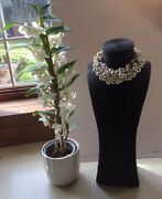 Vintage Statement Elegant Multisize Pearl Neckless Woven On A Gold Tone Chain
