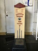 Vintage American Scale Manufacturing Co. Character Readings And Weight Scale.