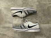 Nike Flyknit Trainer White Black 2017 Size 9 100 Authentic