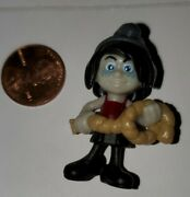 2013 Kinder Surprise Vexy The Smurfs 2 Fixed Mini Toy...p1