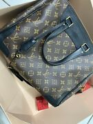 Louis Vuitton Retiro Used Once 100 Authentic Excellent Condition No Sign Of Use